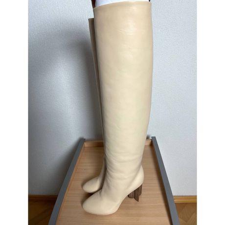 Сапоги женские Louis Vuitton  Кремовые  Кожа  Франция  Каблук 10 см  П