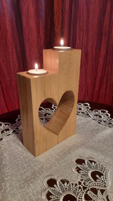 Świecznik drewniany z sercem