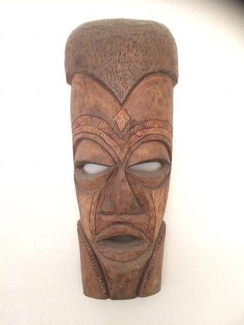 Máscaras madeira
