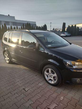 Sprzedam samochód Volkswagen Touran Czarny Wystawiam fakturę VAT!!