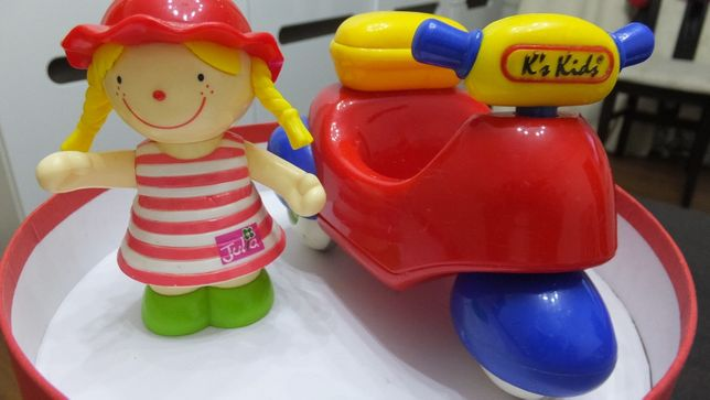 Julia Ks kids Джулия на мотоцикле инерционная игрушка