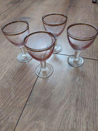 Рюмки розовое стекло,ссср