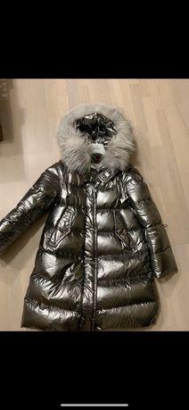 Продам пуховик Moncler пальто