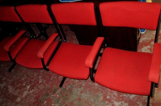 Conjuntos de cadeiras em módulos