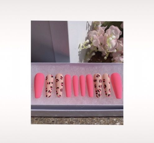 Tipsy Różowe panterka neonowe nude matowe błyszczące