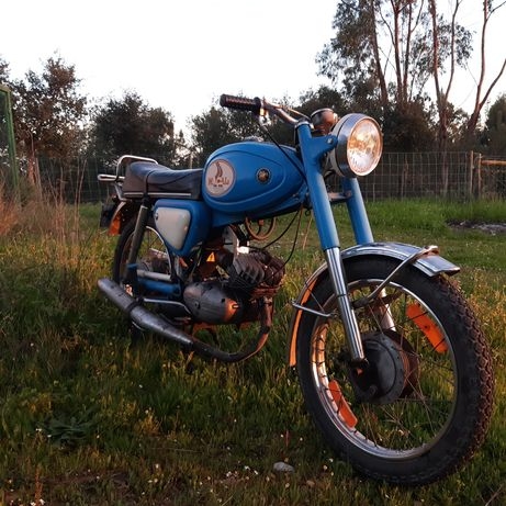 Motorizada Macal M70