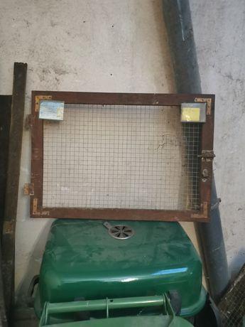 Drzwiczki do klatek dla królików