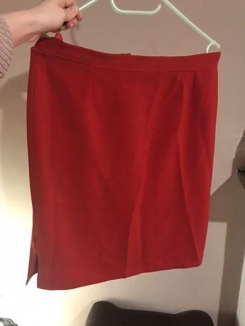 Czerwona spódnica mini rozcięcie elegancka garniturowy materiał