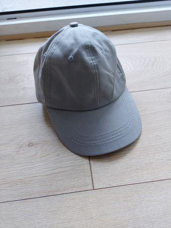 Tania czapka.