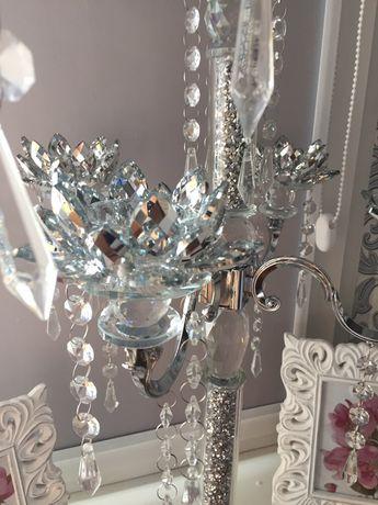 Świecznik duży srebrny z kryształkami błyszczący glamour śliczny