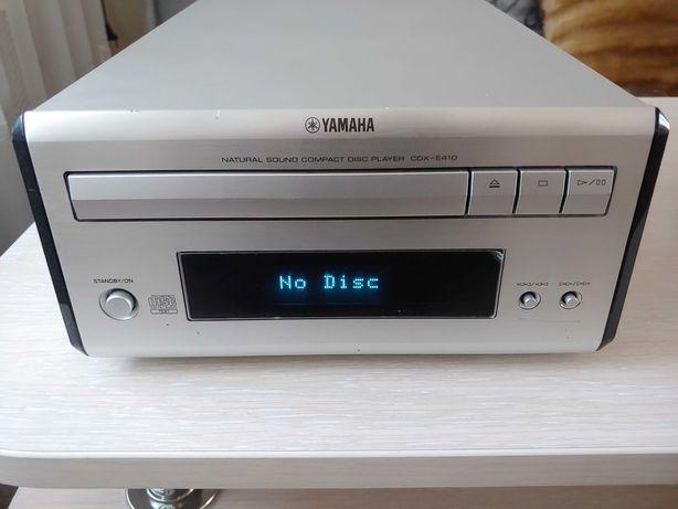 Yamaha CDX-E410 ,CD проигрыватель,в хорош.состоянии,на восстановление