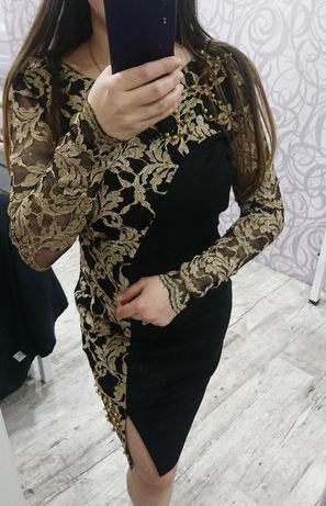 Супер красивое платье!размер M. Идеальное состояние!Супер низкая цена