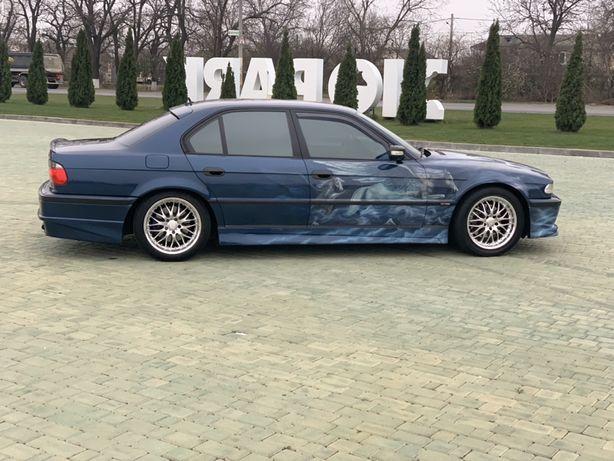 Продам BMW 740 individual