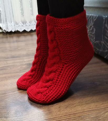 Женские вязаные носки ручной работы