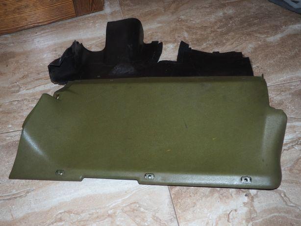 Dolna osłona konsoli lewa mercedes W123 zieleń 80 rok