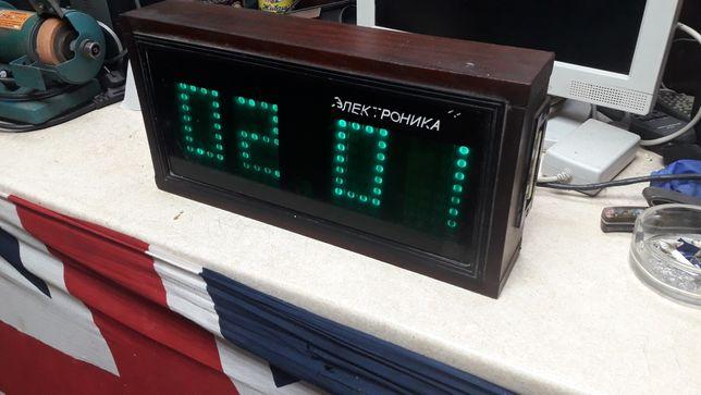 Часы электроника 7 .СССР 1988 года