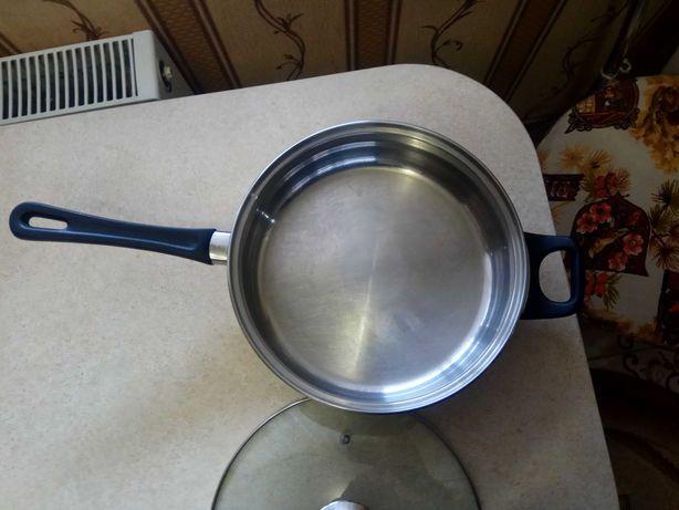 Сковорода из нержавейки с крышкой