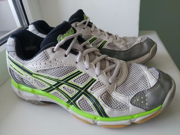 Волейбольные кроссовки 37р 23,5см Asics спортивные
