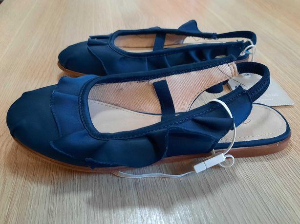 Buty dla dziewczynii Zara, nowe, rozmiar 30cm.