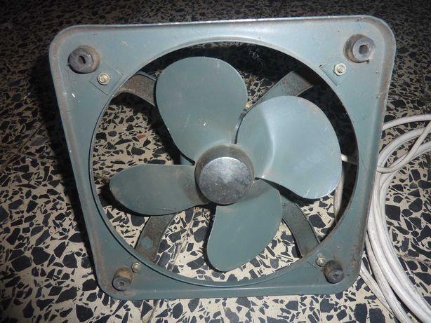 Ventoinha Extratora Elétrica 24X24Cm