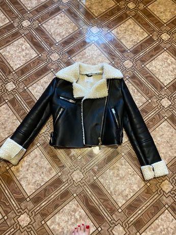 Bershka куртка короткая