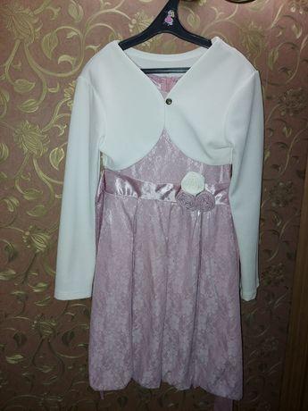 Нарядное платье 128-134 размера