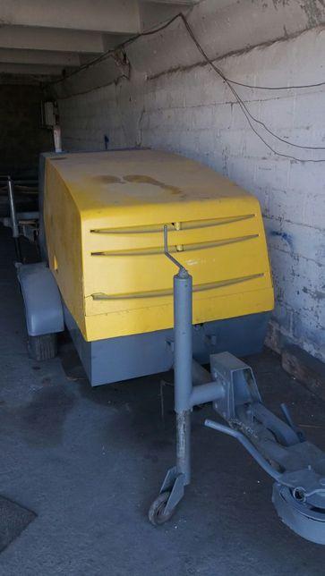 Putzmeister m760 пневмонагнетатель, бетононасос, стяжечная машина.