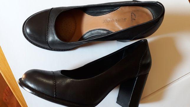 Buty damskie wysoki szeroki obcas skóra firma clarks 37