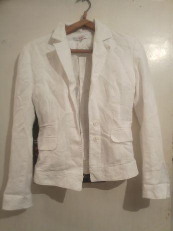 Продам белый пиджак