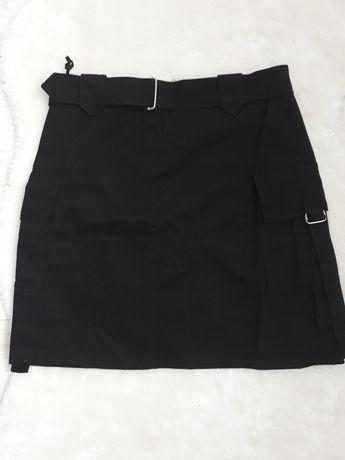 Spódnica spódniczka mini mała czarna bojówka S 36