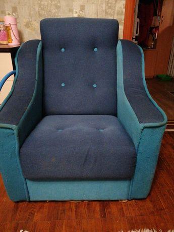 Продам кресла, есть 2 шт одинаковые, состояние норм, цена за 1 шт
