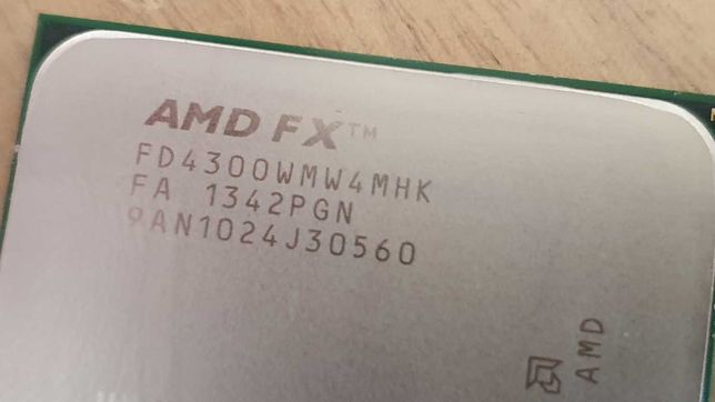 Processador AMD FX-4300 Quad Core 4.0 GHz Socket AM3+ Black Edition