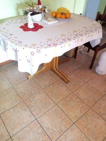 Stół duży solidny