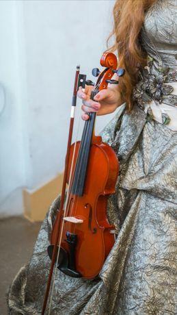 Скрипка 4/4, + футляр + смичок