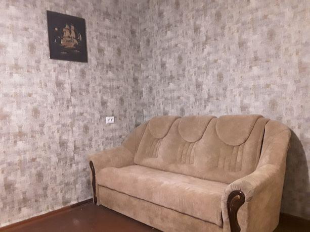 Сдам  длительно 2 -х комнатную квартиру на ул. Армейская