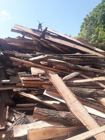 Drewno opałowe iglaste niecięte