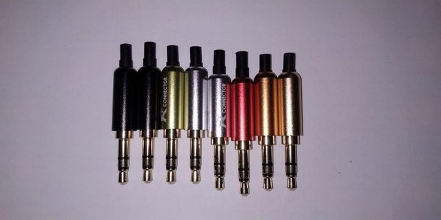 Разборной штекер (джек 3.5 мм) 3-х контактный .