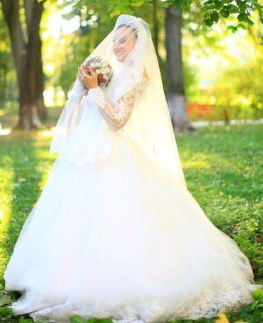 Шикарное Свадебное платье ! Турецкое