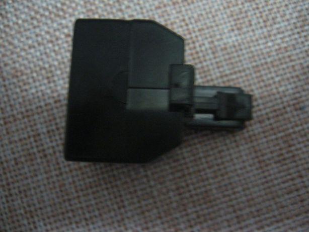Trójnik, rozdzielacz telefoniczny RJ 11.