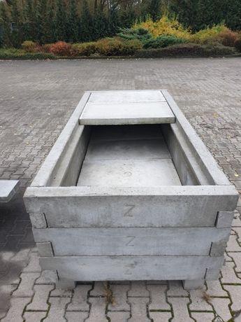 Grobowiec, grobowce betonowe, katakumby, piwnice cmentarne
