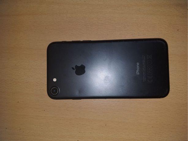 Iphone 7  32gb  livre 120€