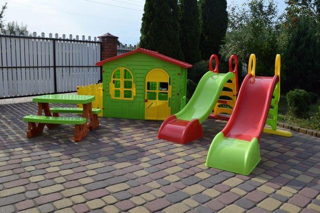 Акція! Детский садовый домик+столик и лавочки + терраса + горка Польша