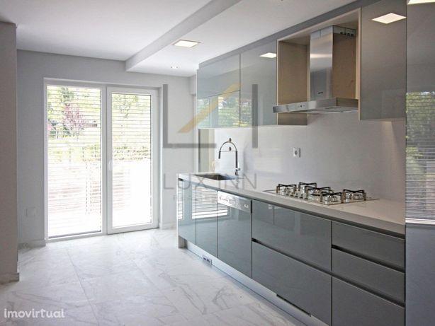 T3 NOVO Com Terraço, Condomínio de prestígio com Piscina ...