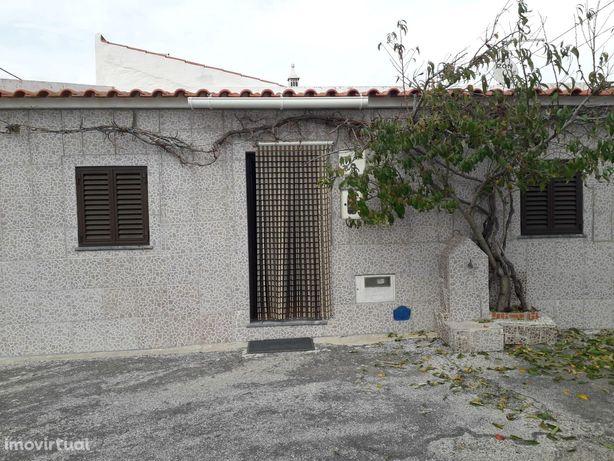 Moradia T2 Venda em Santa Cruz,Almodôvar