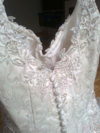 suknia ślubna księżniczka 38