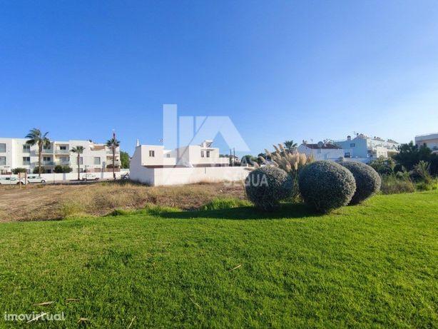 Lote para construção de prédio ou moradias em Santa Luzia