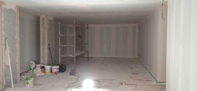 pintura em paredes e tectos Com máquina air less muito mais qualidade