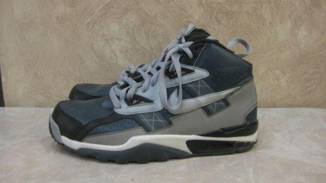 Продам кроссовки Nike Air Trainer Sc High Raiders