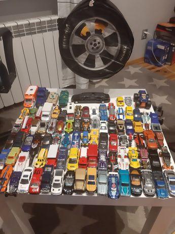 Samochody z pokrowcem