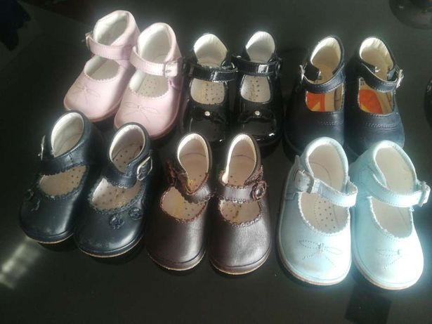 Sapatos menina 16 e 17